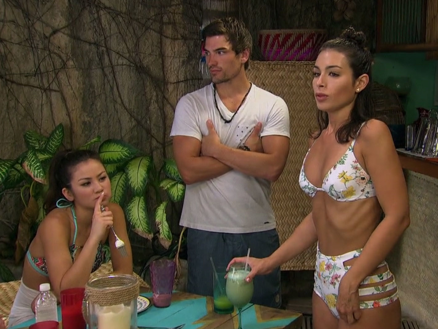 Ashley Iaconetti's Floral High Waist Bikini on Bachelor in Paradise